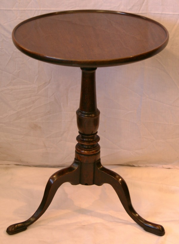 A country-made tripod table