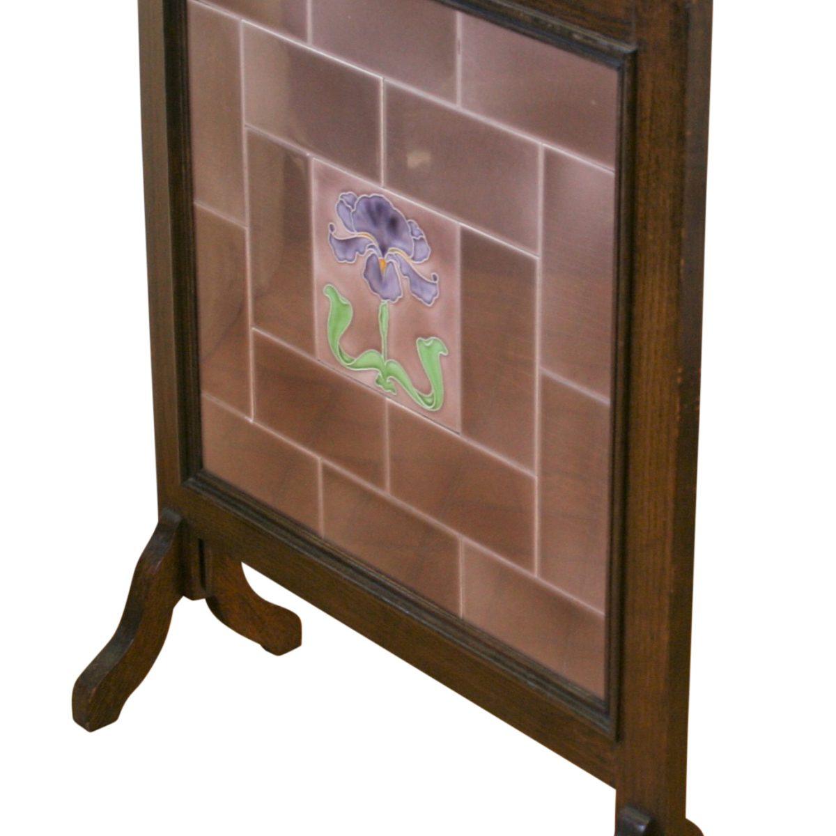 oak Art Nouveau firescreen/williamsantiques