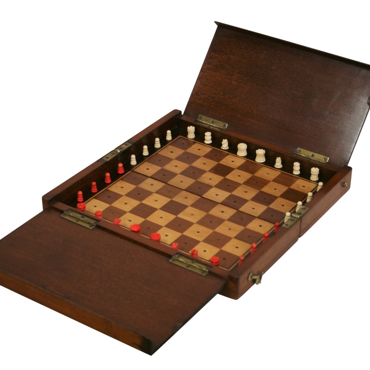 Edwardian travelling chess set/williamsantiques