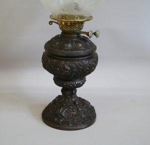 Victorian oil lamp/williamsantiques