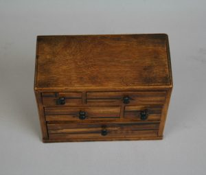 A Japanese marquetry miniature chest/williamsantiques