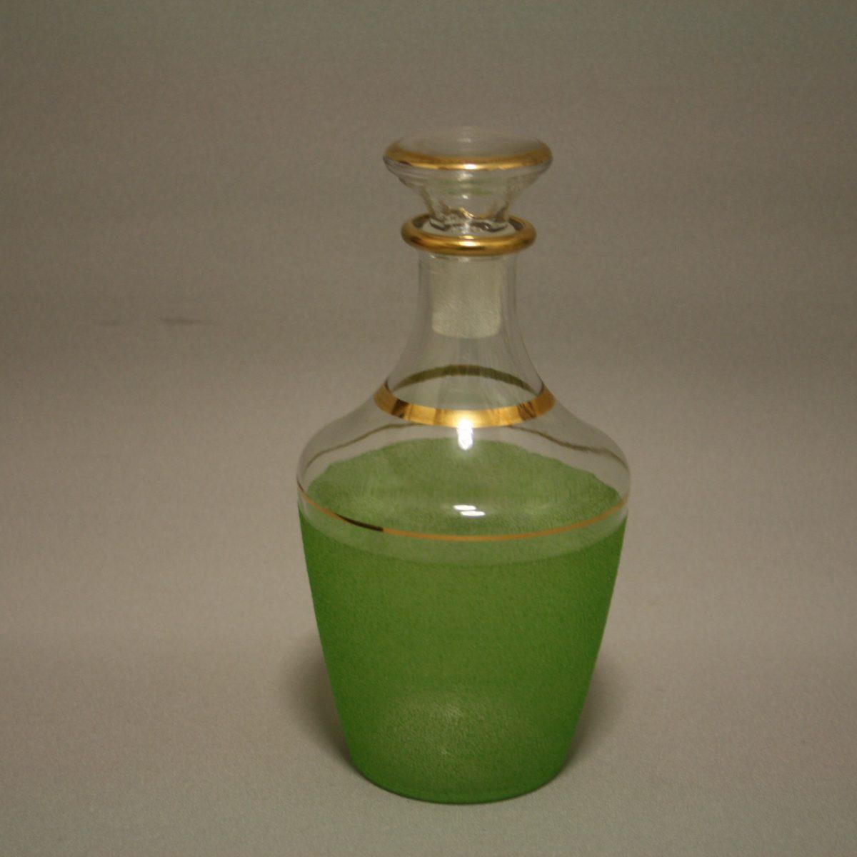 1930's glass decanter/williamsantiques