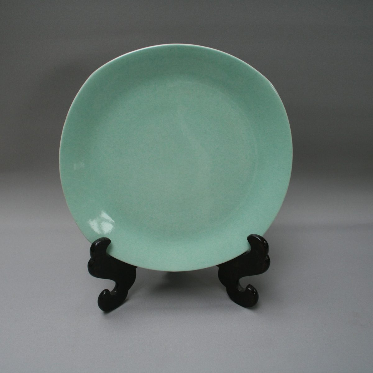 pale green cake plate made by H Aynsley/williamsantiques
