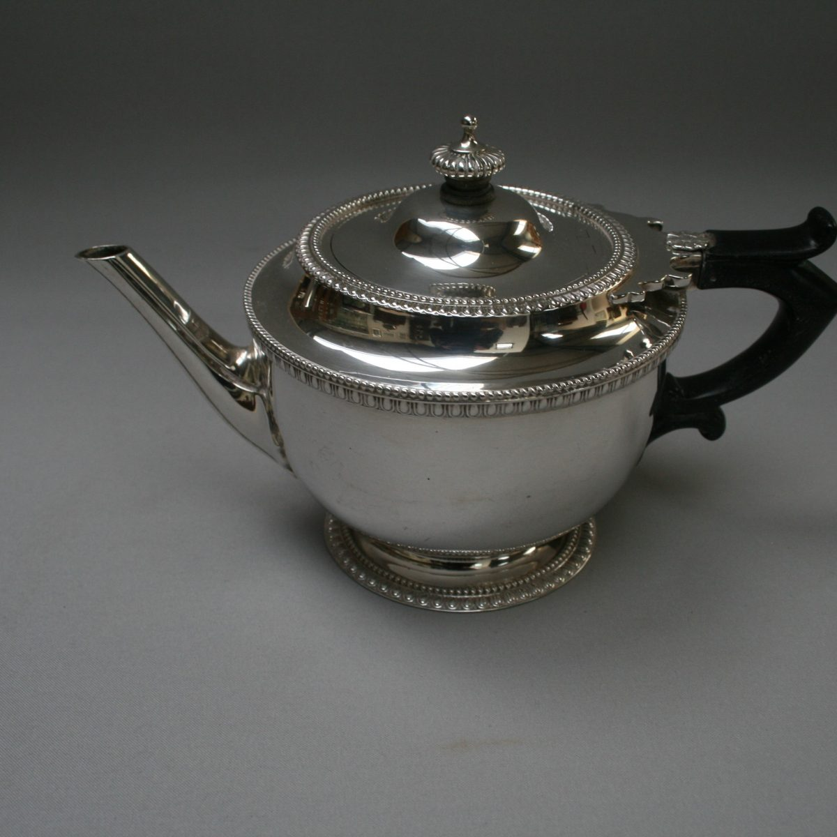 silver Bachelor teapot with ebony handle/williamsantiques