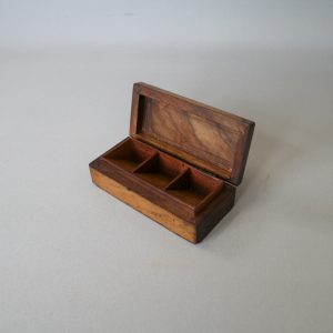 olive wood stamp box/williamsantiques