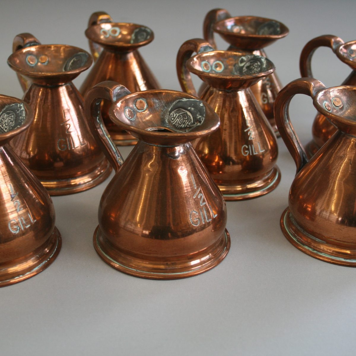 1/2 gill copper jug/williamsantiques