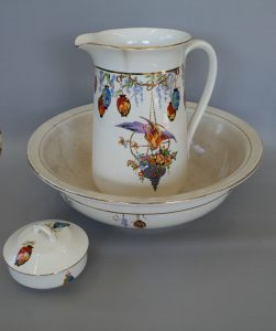 Falcon ware jug and basin/williamsantiques