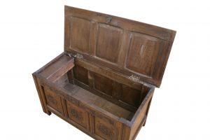 oak 17th century coffer/williamsantiques