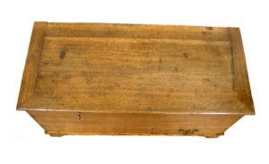 Georgian oak mule chest