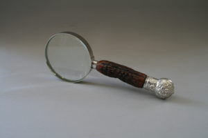 A 3 inch diametre stag horn handle magnifying glass/williamsantiques