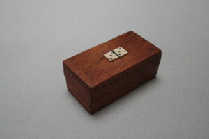 miniature travelling dominoes