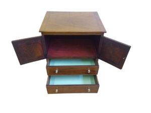 Georgian mahogany converted chest commode/williamsantiq