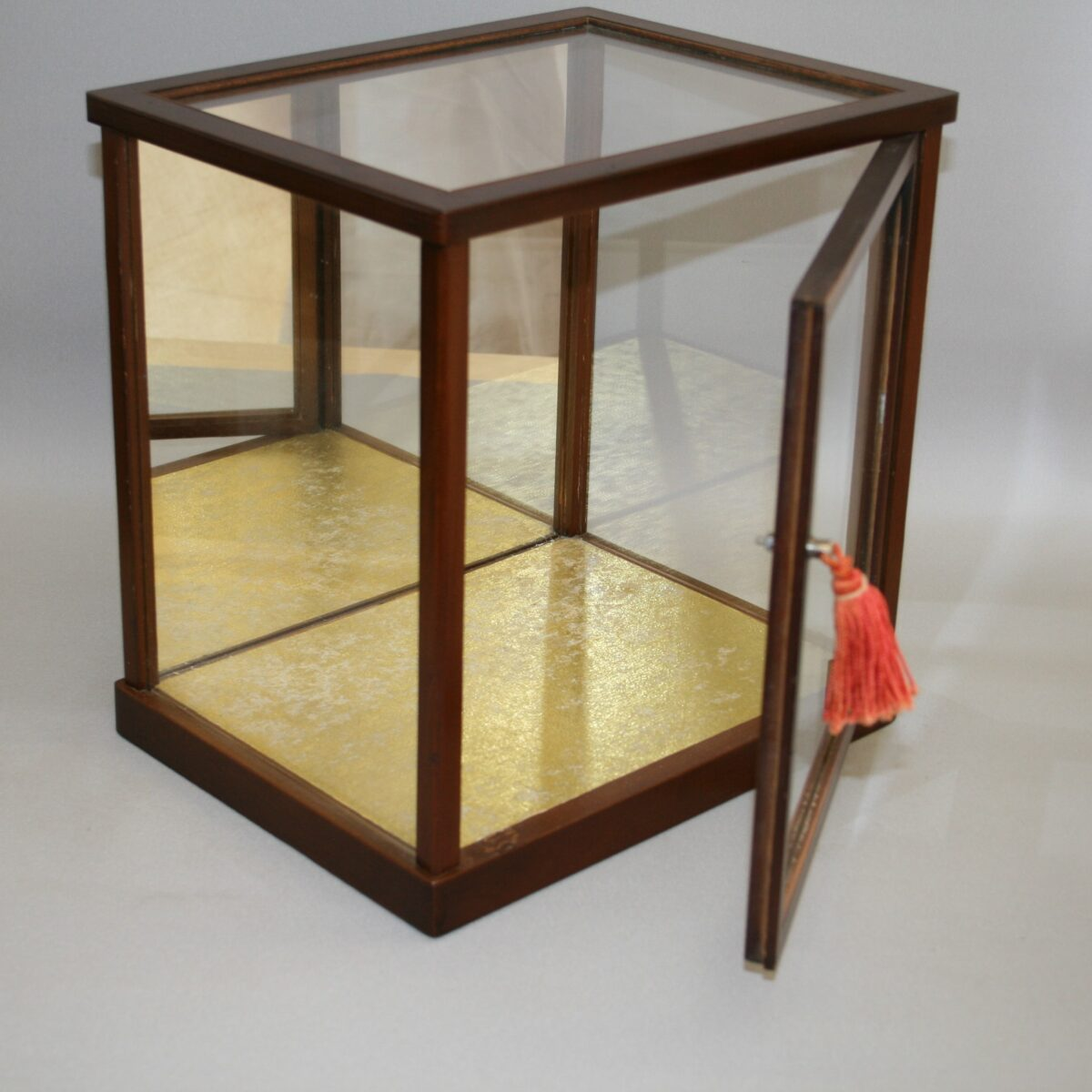 wooden counter top glass display case/williamsantiques