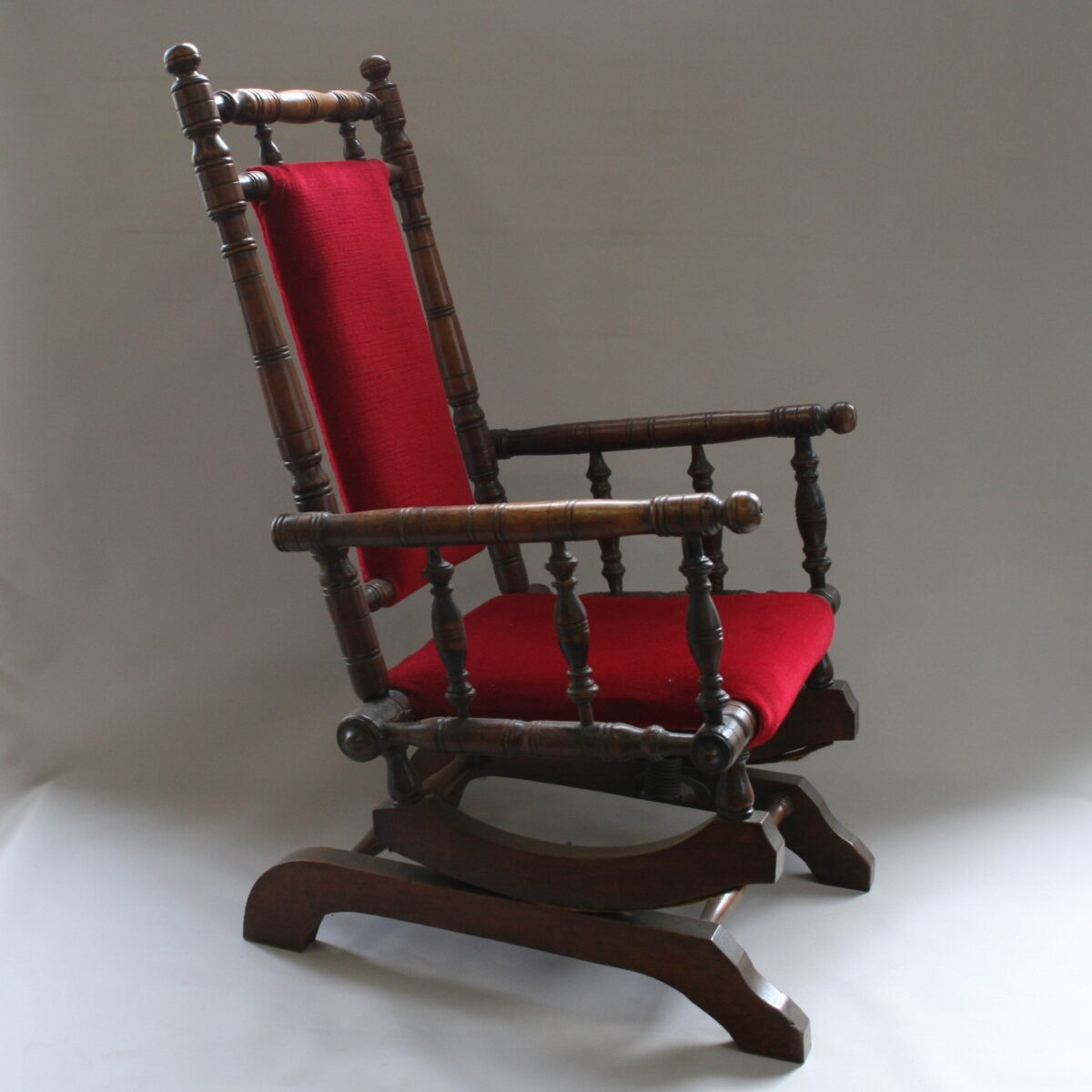 beech child's American style rocking chair/williamsantiques